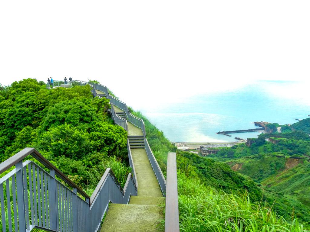 海へ続く道!台湾の穴場絶景・報時山へ行く方法